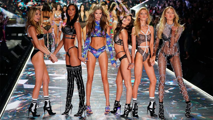 Victoria's Secret ficha a WPP para que sus ángeles caídos remonten el vuelo