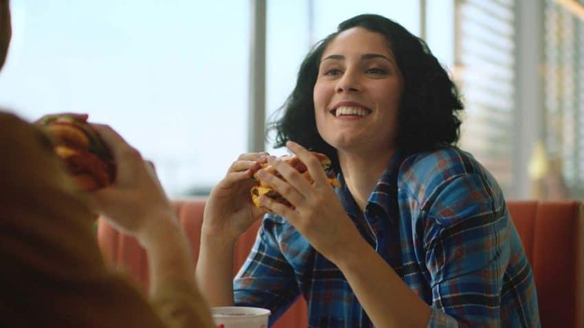 Burger King utiliza los anglicismos para promocionar su hamburguesa más