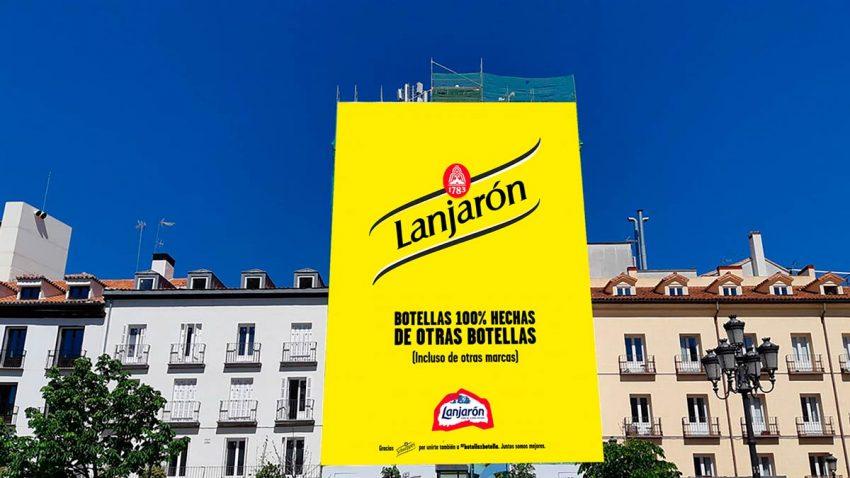 Lanjarón transforma su logo en el de otras conocidas marcas en el Día Mundial del Reciclaje