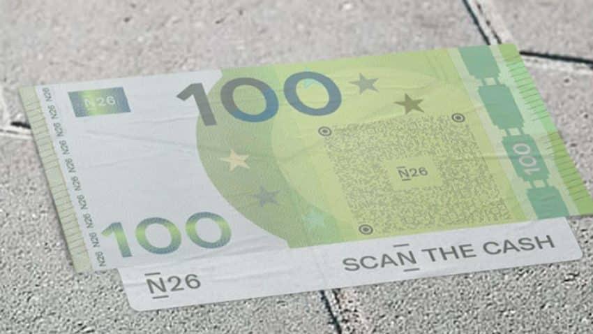 Esta campaña llena las calles y los bares de Madrid de billetes de 50 y 100€