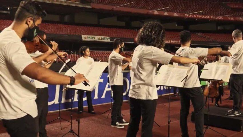 Cómo una orquesta utilizó el fútbol para promocionarse y expandir la música clásica