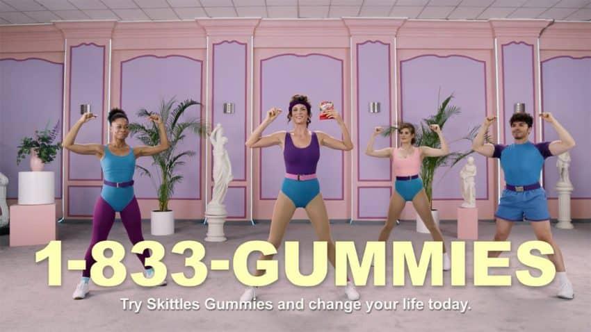 Skittles o por qué estrujar gominolas podría ser la tendencia de fitness más pujante del momento