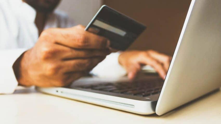 La reactivación del consumo: La actividad de las tarjetas crece un 9% la primera semana de mayo