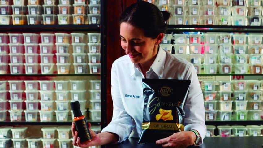 Lay's Gourmet® y Elena Arzak se unen para hacer del aperitivo una experiencia gastronómica única