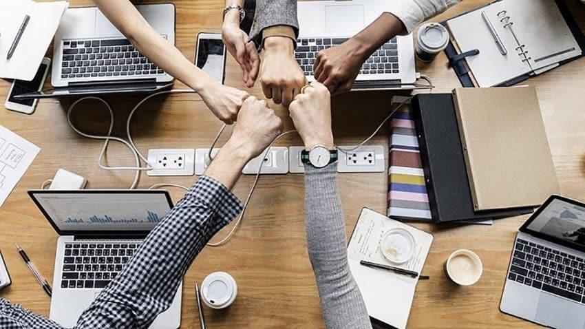 Herramientas de comunicación interna para optimizar el rendimiento empresarial