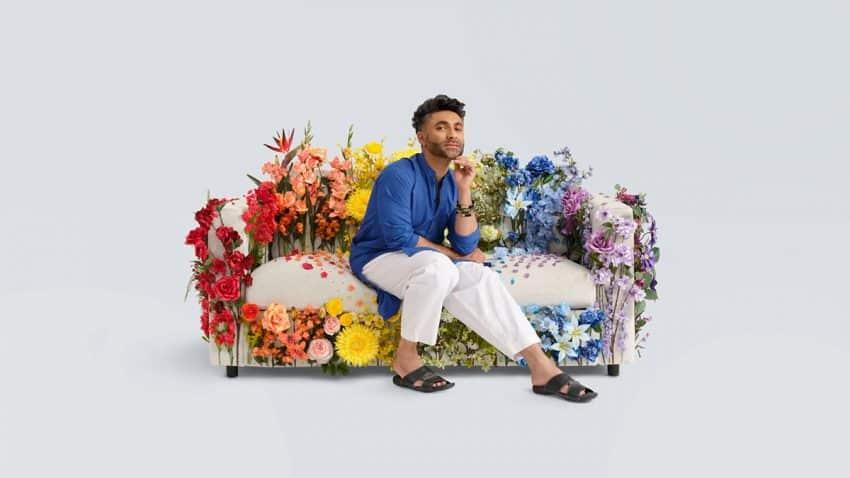 IKEA alumbra 10 sofás tapizados con diferentes banderas del Orgullo