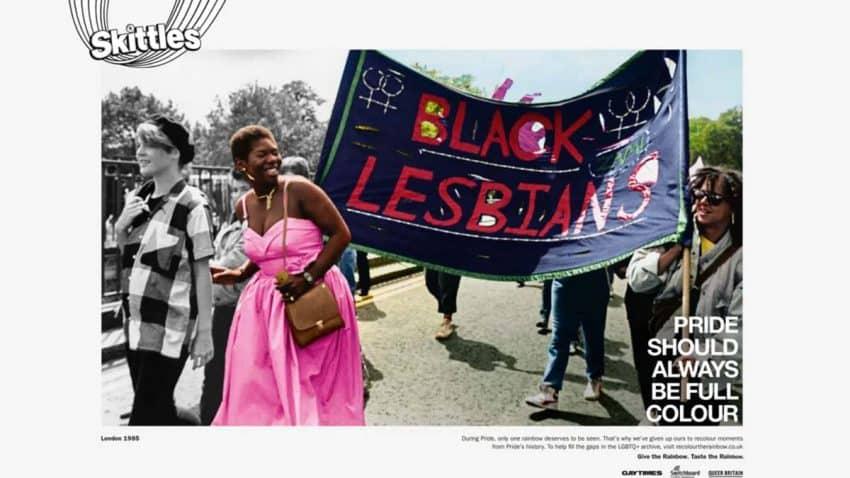 Skittles utiliza su arcoíris para poner color a imágenes de la historia LGTBIQ+
