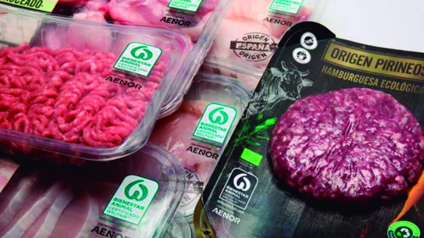El 100% de la carne fresca de Lidl ya es de Bienestar Animal