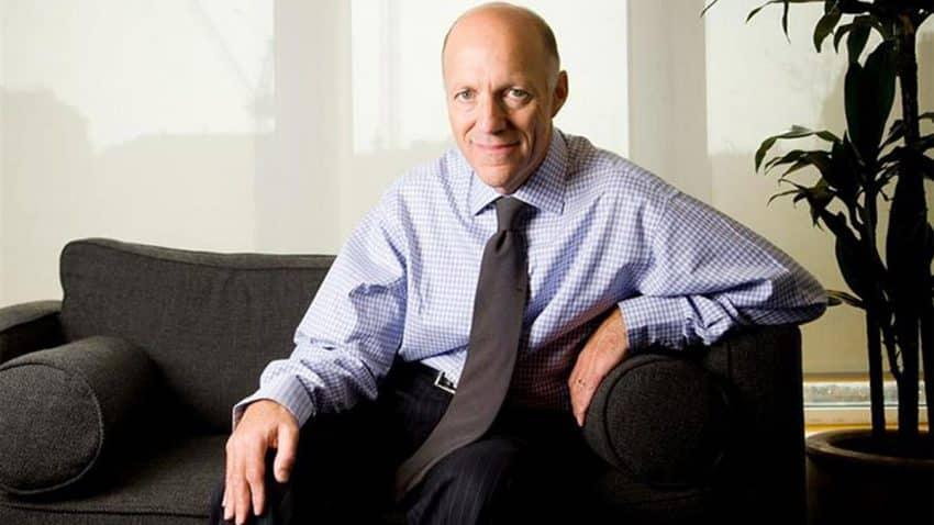 William Eccleshare se apea de su cargo de CEO en Clear Channel