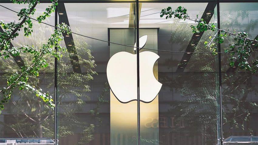Apple avanza en su carrera por hacer rugir los motores del coche eléctrico de la marca