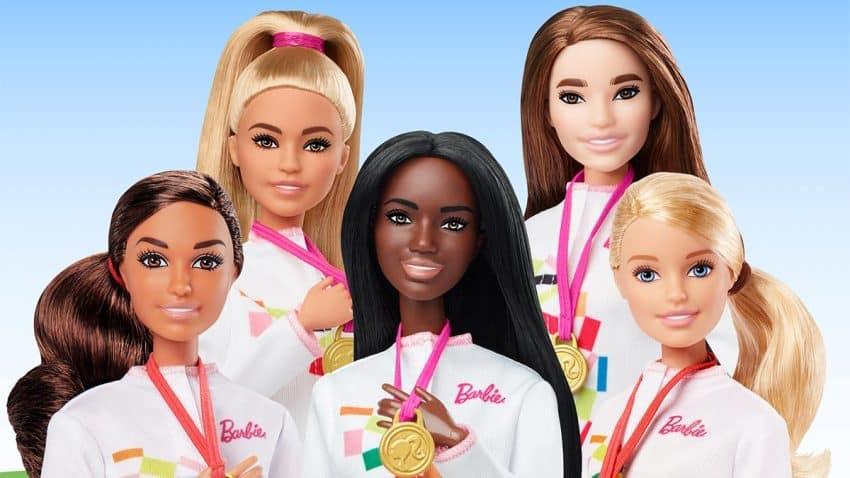 Barbie lanza muñecas