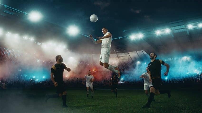 A caballo entre la angustia y el delirio más desbocado: así se vive el fútbol en este spot de Cristiano Ronaldo