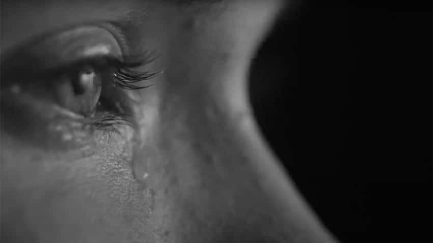 Las lágrimas resbalan alborozadas por las mejillas de los atletas olímpicos en este hermoso spot