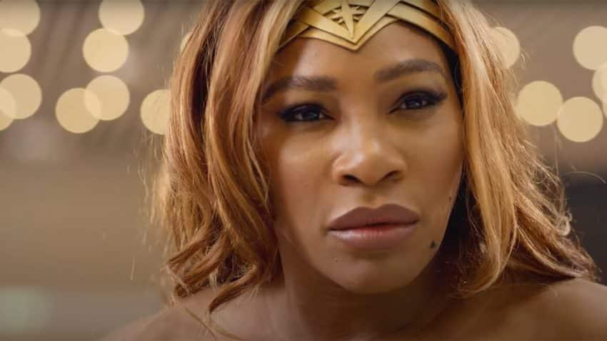Serena Williams es Wonder Woman y su raqueta el lazo de la verdad en este épico spot