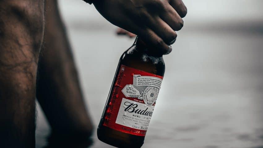 El gigante cervecero AB InBev pone a