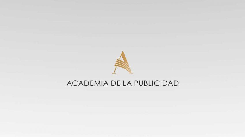 La Academia pide a los firmantes del manifiesto que convoquen una Asamblea General Extraordinaria