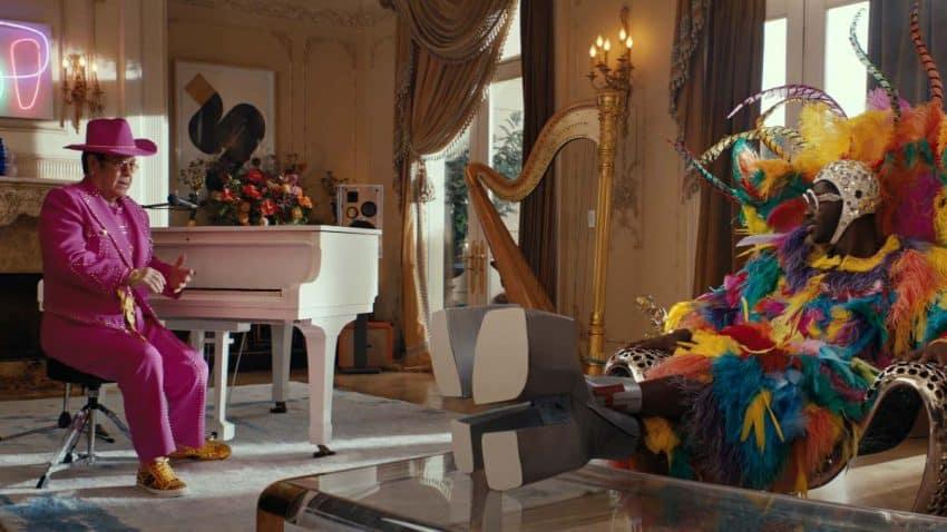 Elton John y Lil Nas X se cambian los papeles en esta glamurosa campaña de Uber Eats
