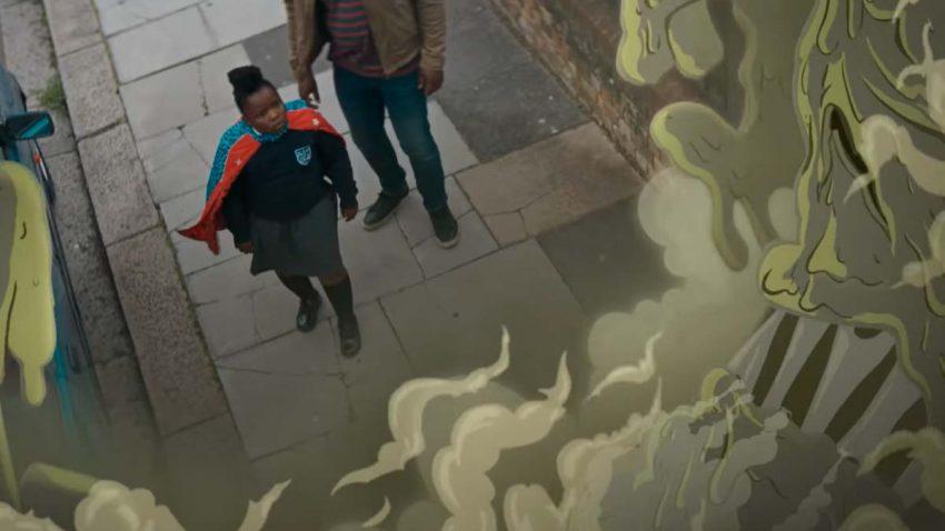 Esta marca convierte a los niños en superhéroes con capas que absorben la contaminación