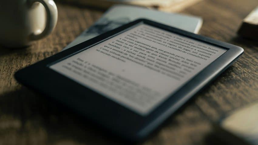 Aumenta la lectura de libros en formato digital (pero el papel sigue siendo líder)