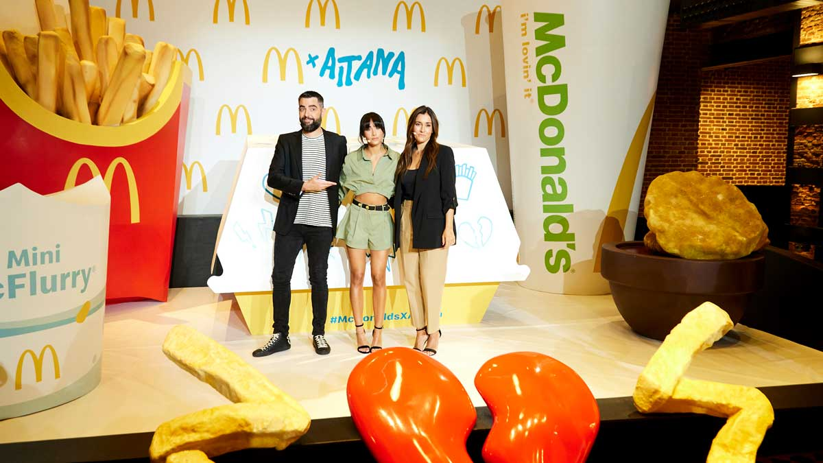 Dani Mateo, Aitana y Natalia Echeverria en la presentación de McDonald's