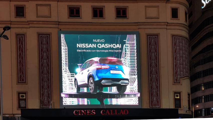 El último Nissan QASHQAI desata una tormenta eléctrica en la plaza de Callao
