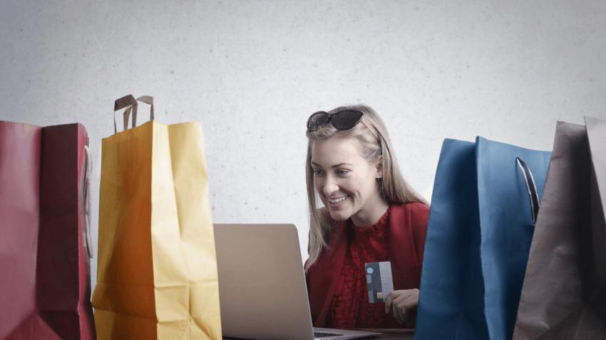 Salesforce mejora la experiencia del cliente con Salesforce Commerce Cloud & MuleSoft Challenge