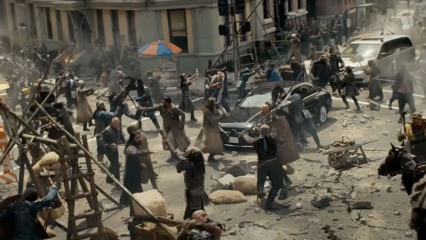 Un 'flashmob' y una épica batalla de bárbaros llegan a la calle con Samsung