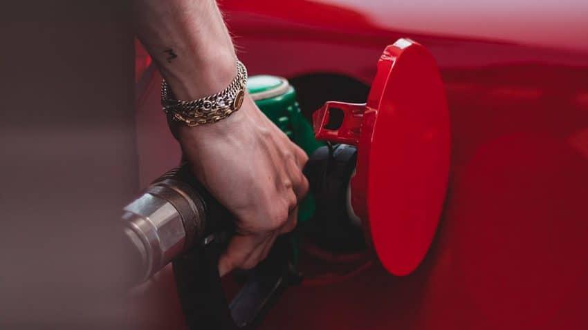 ¿Urge el veto de la publicidad de combustibles fósiles para tapar la boca al