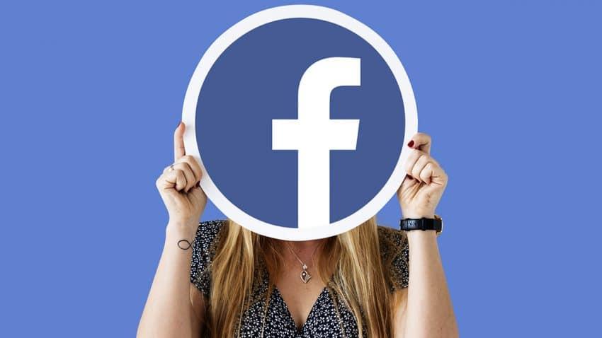 Su cacareada caída habría costado a Facebook 79 millones de dólares en ingresos publicitarios