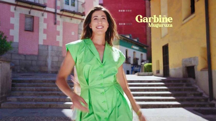 Garbiñe Muguruza pasa del tenis al baile en esta bailonga y optimista campaña