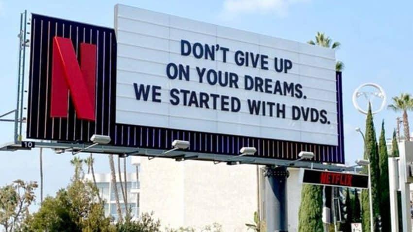 Esta inspiradora valla publicitaria de Netflix es abono para revitalizar tus marchitos sueños