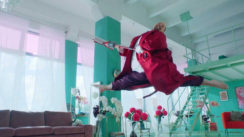 Vileda lanza un spot muy 'bailongo' para mostrar las bondades de su producto
