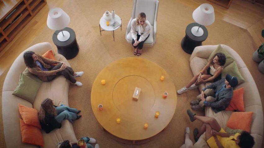 Este grupo de terapia está traumatizado con la ropa de segunda mano en este spot de Zalando